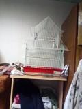 Клетка для нескольких попугаев