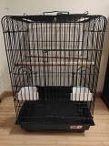 Клетку для средних и больших птиц продаю